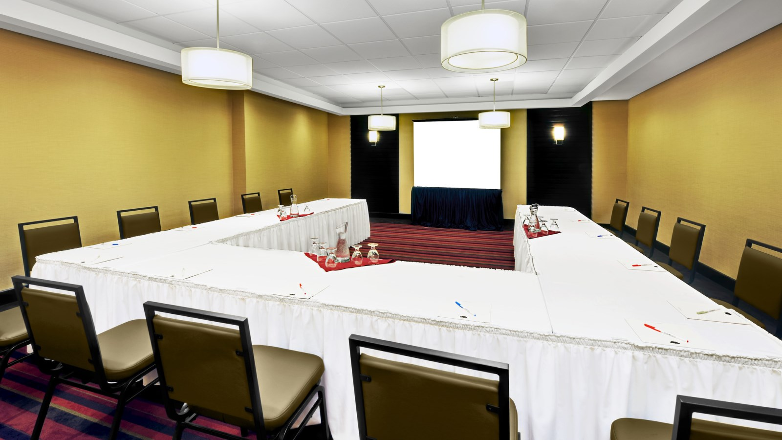 Event Space Mississauga - Avenue Meeting Room